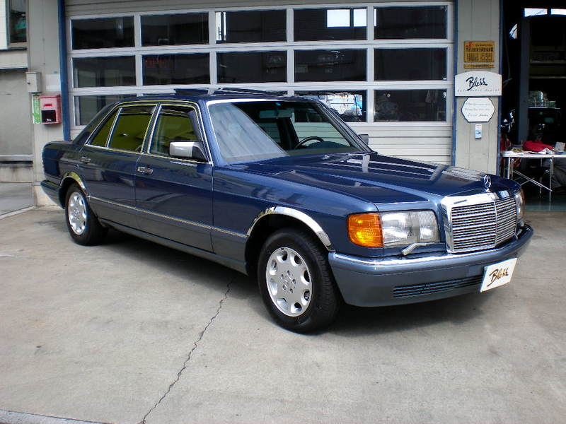 M,Benz560SEL (紹介番号1111)のサムネイル