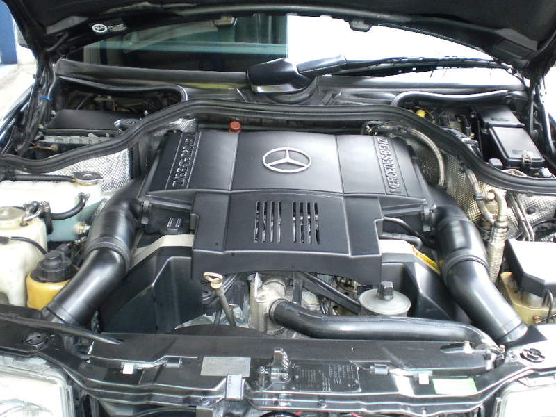 Mercedes Benz 500Eのサムネイル