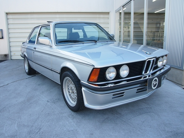 BMW 323i Special Tuning
