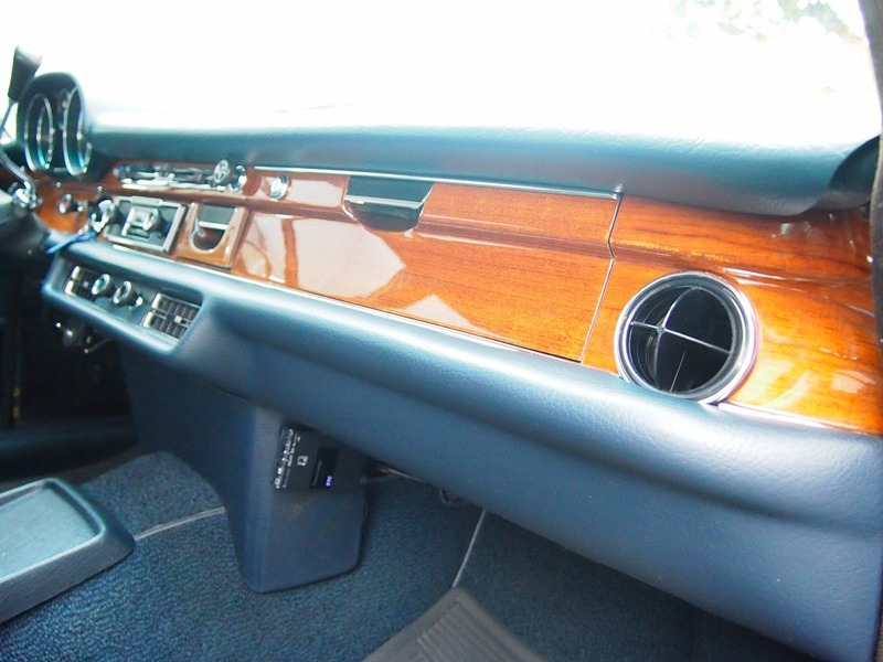 Mercedes Benz280Sのサムネイル