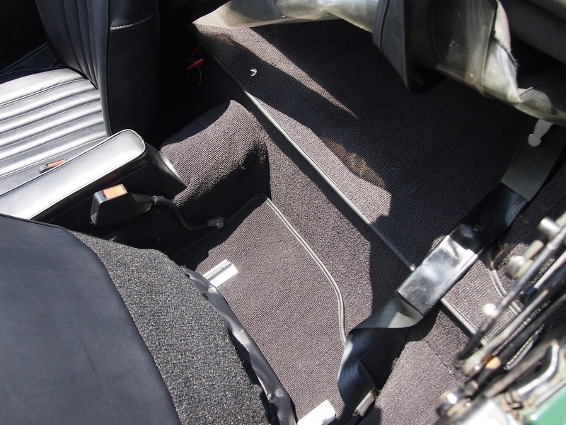 MG B  SebringStyleのサムネイル