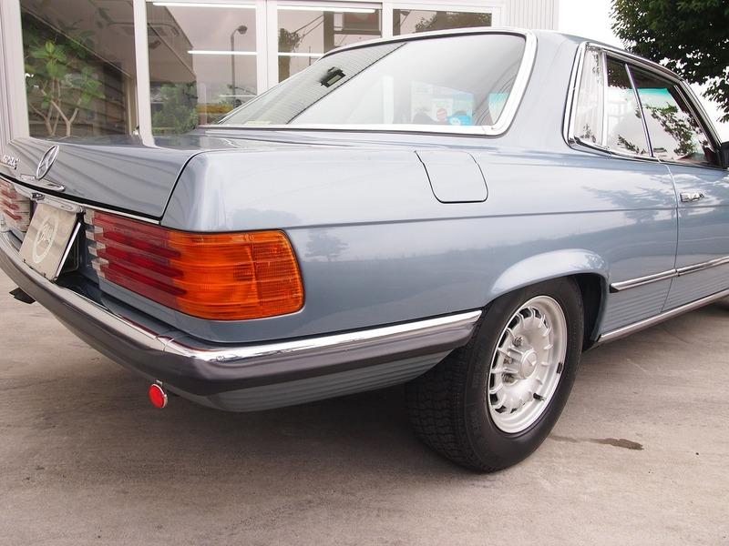 Mercedes Benz450SLCのサムネイル