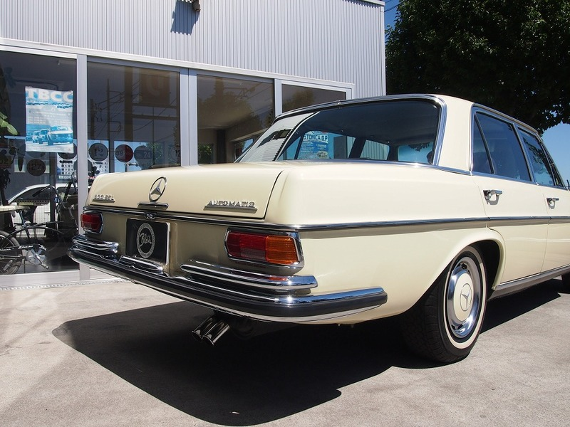 M.BENZ300SEL 2.8(W109)のサムネイル