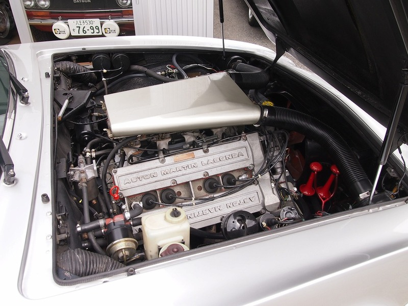ASTON MARTIN V8 SrⅣ Oscar Indiaのサムネイル