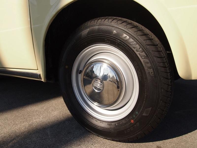 FIAT 850 BERLINAのサムネイル